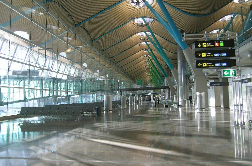 AEROPUERTO MADRID BARAJAS. T4 – SATÉLITE